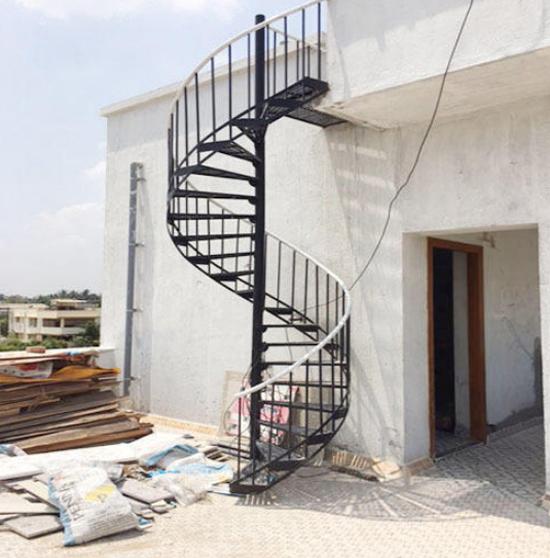 escaleras de caracol de exteriores