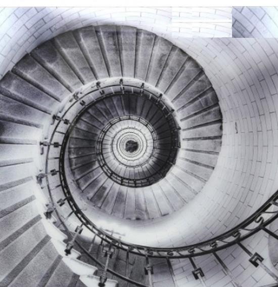 escalera de caracol vista de arriba