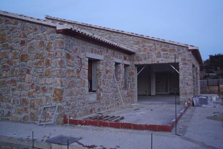 Fachada de piedra en la vivienda imagen y dise o - Piedra caliza para fachadas ...