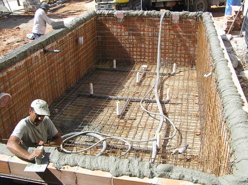 C mo construir una piscina de obra construir una alberca for Piscina economica