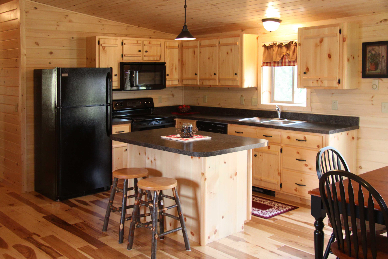 Cocinas peque as con isla c mo decorar cocinas peque as for Cocinas pequenas con islas modernas
